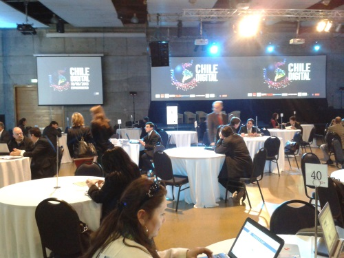 Asistentes al foro Chile Digital.
